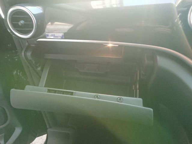メルセデス・ベンツV220d カールソン20インチ リアモニター  ご成約0000009593