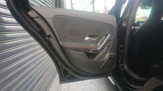 メルセデス・ベンツA180スタイルAMGラインレーダーセーフティナビゲーションPKG 保証プラス付きワンオーナー  ご成約0000010087
