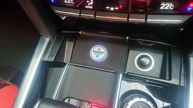AMG(メルセデスAMG)E63 本物ブラバスエアロ、20インチAW 内装総張替え コンフォートパッケージ  ご成約0000010140