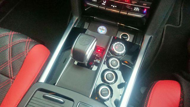 AMG(メルセデスAMG)E63 本物ブラバスエアロ、20インチAW 内装総張替え コンフォートパッケージ