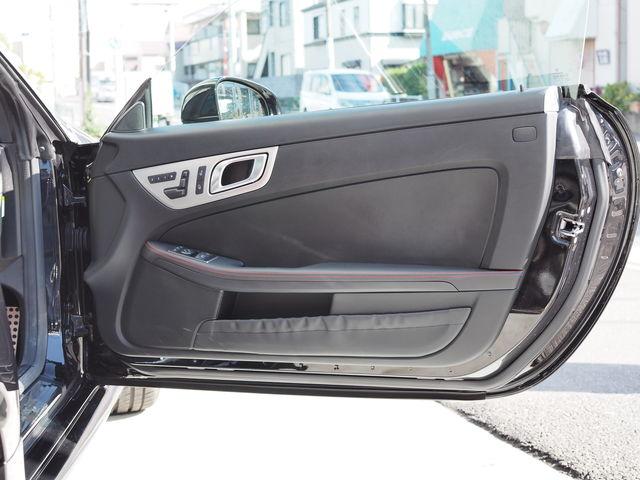 メルセデス・ベンツSLK200スポーツ(AMGスポーツパッケージ)19インチAWローダウン4本出しマフラー  ご成約0000010204
