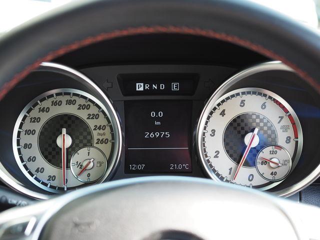 メルセデス・ベンツSLK200スポーツ(AMGスポーツパッケージ)19インチAWローダウン4本出しマフラー  ご成約0000010210