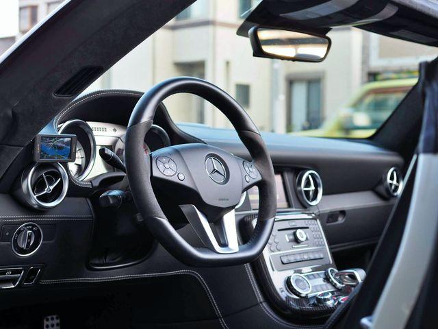 AMG(メルセデスAMG)SLS AMGロードスター ハイパーフォージド20インチAWカーボンブレーキ0000010557