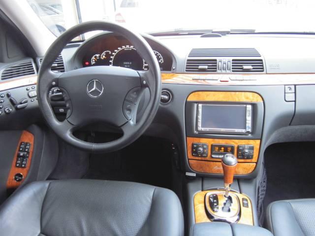 AMG(メルセデスAMG)W2200000000590